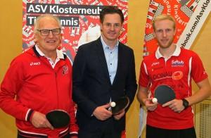 Obmann-Stv. Herbert Katholnig, Bürgermeister Stefan Schmuckenschlager, Obmann und Jugendtrainer Fabrizian Pokorny
